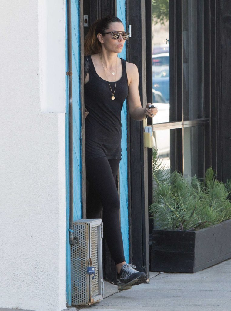 Jessica Biel Leaves a Pilates Studio in Studio City-1