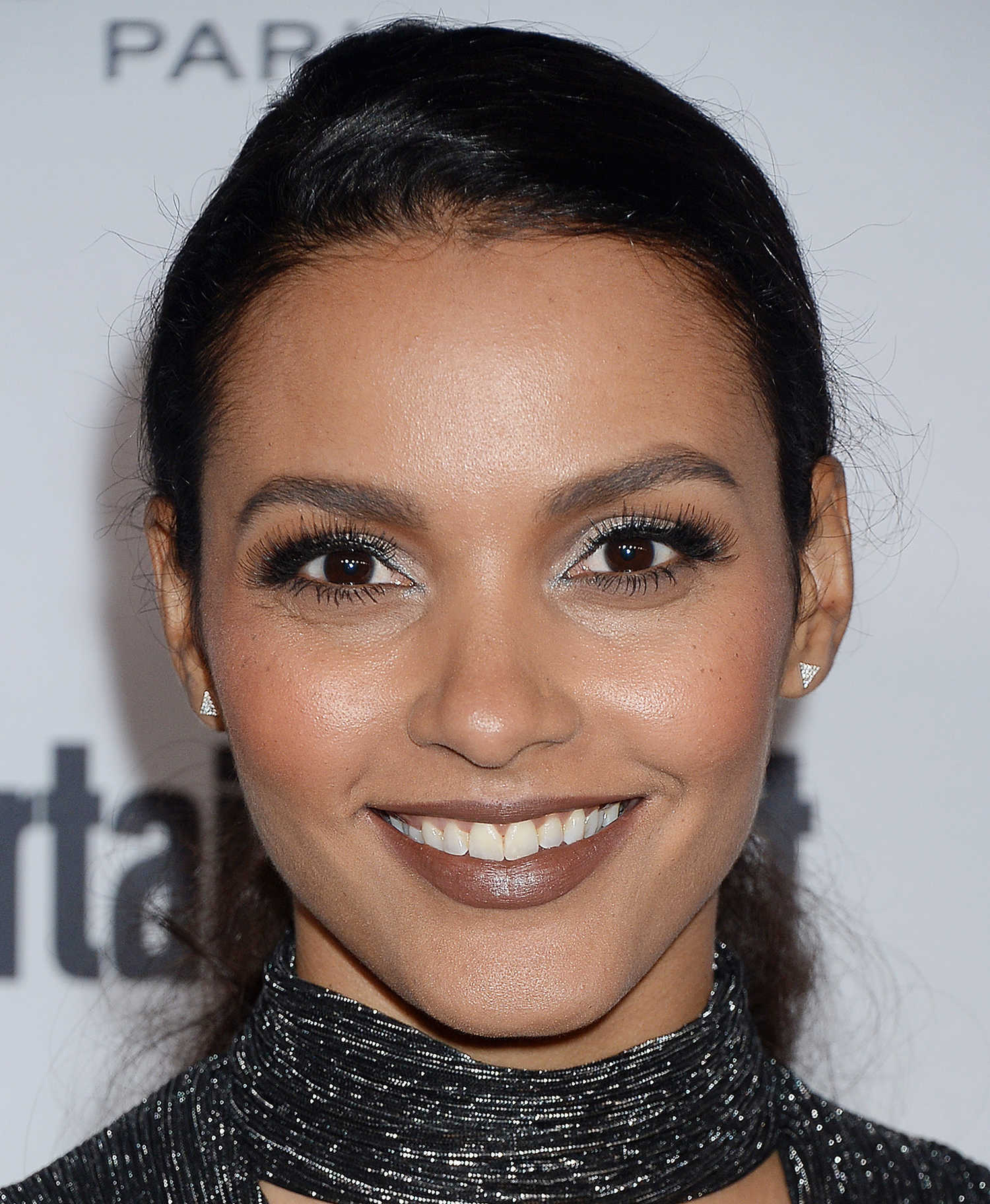 Weekly Address >> Jessica Lucas at the Entertainment Weekly Pre-Emmy Party in Los Angeles – Celeb Donut