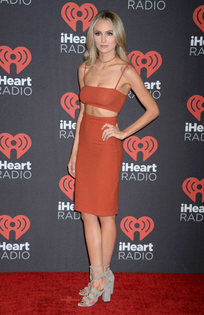 at the 2016 iheartradio music festival at t mobile arena in las vegas