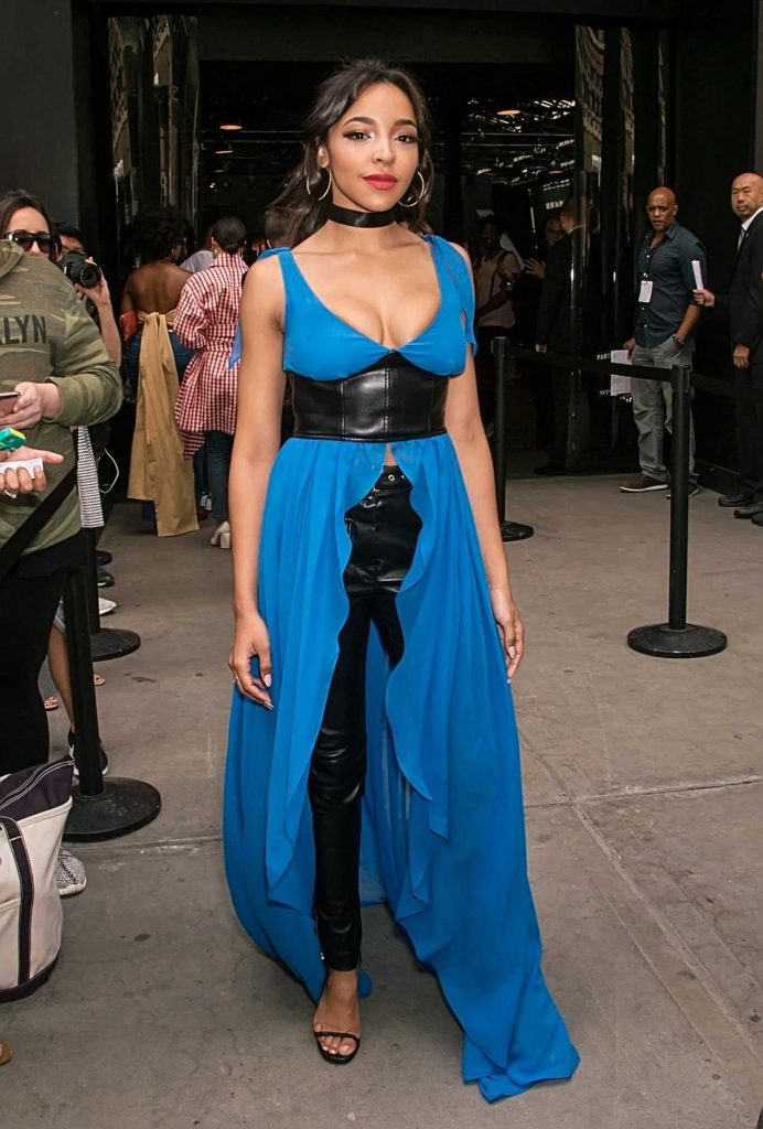 Tinashe Leaves the Jeremy Scott Show in New York City-1