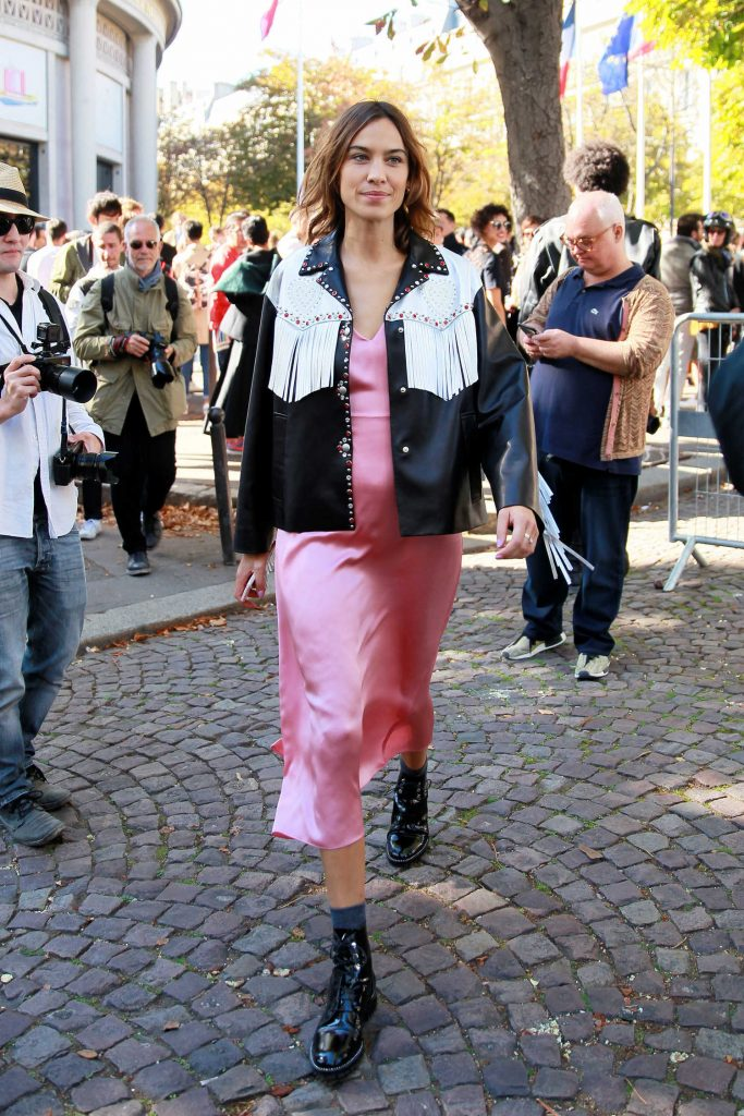 Alexa Chung Attends the Miu Miu Show During the Paris Fashion Week-1