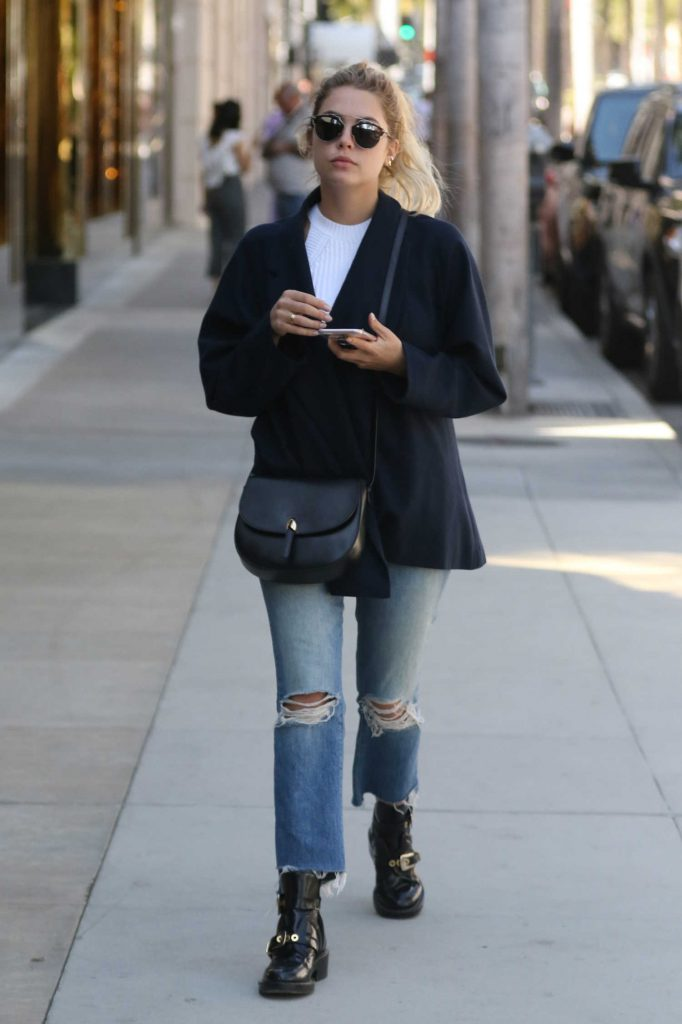 Ashley Benson Goes Shopping at Dior on Rodeo Drive in Beverly Hills-2