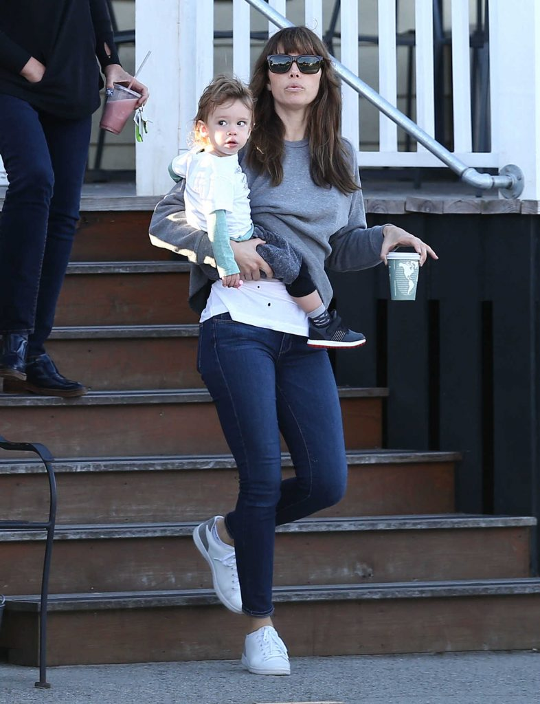 Jessica Biel Was Seen Out in Charleston-1