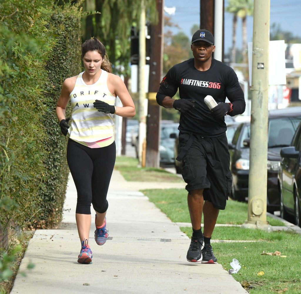 Katharine McPhee Goes on a Training Run With a Friend in Los Angeles 10/29/2016-1