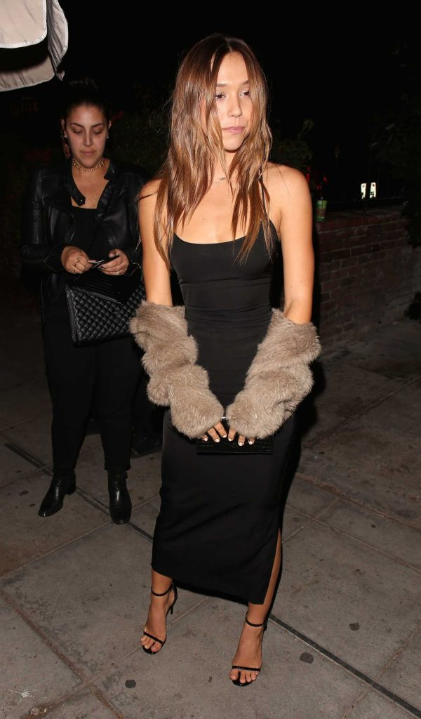 Alexis Ren Celebrates Her Birthday at Delilah in West Hollywood-4