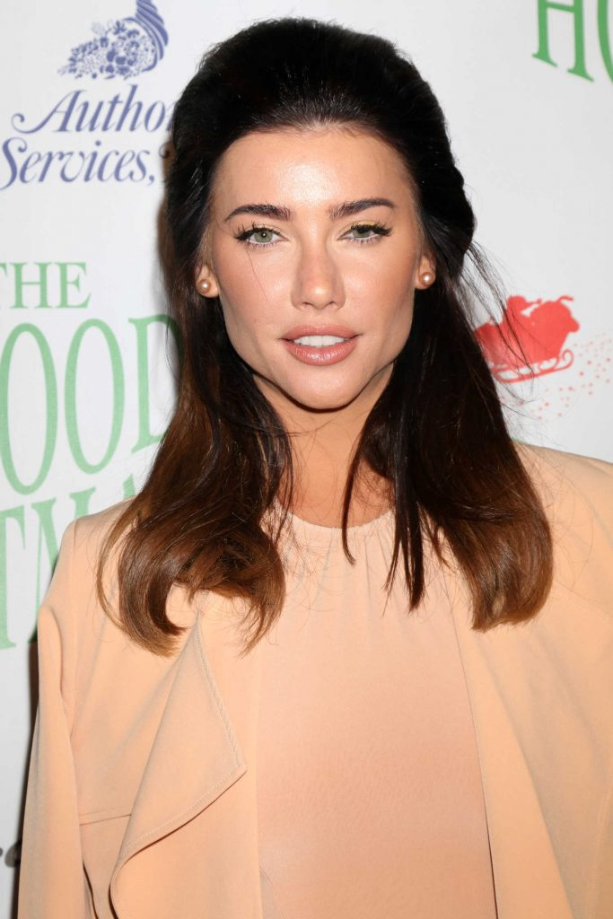 Jacqueline MacInnes Wood at the 85th Annual Hollywood Christmas Parade in Hollywood-4
