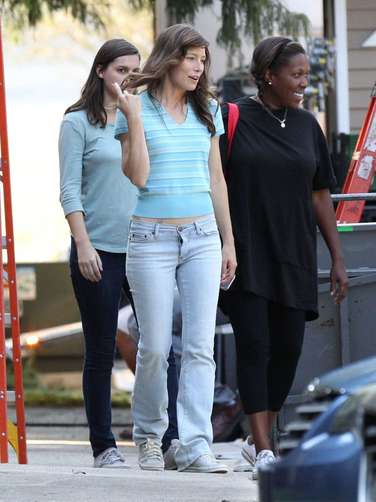 Jessica Biel on the Set of Shock And Awe in New Orleans-2
