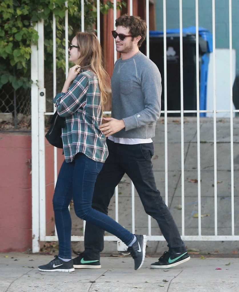 Leighton Meester and Adam Brody Out for Breakfast in Silverlake-1