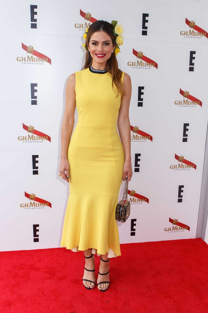 Maria Menounos at the Mumm Marquee on Melbourne Cup Day in Melbourne-1