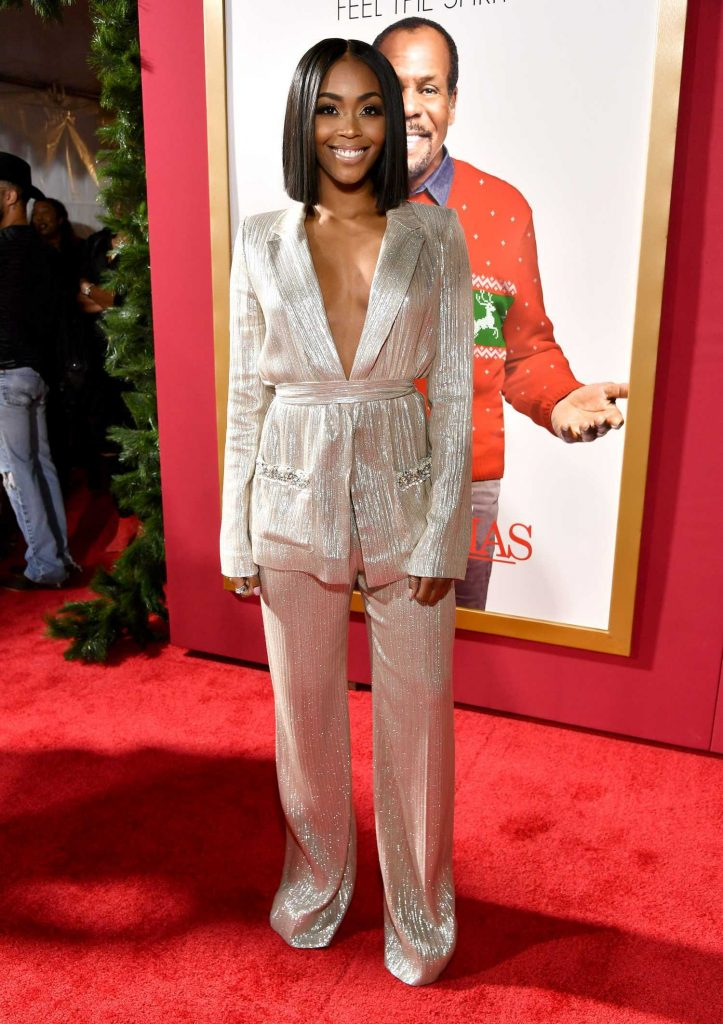Nafessa Williams at Al... Olivia Wilde