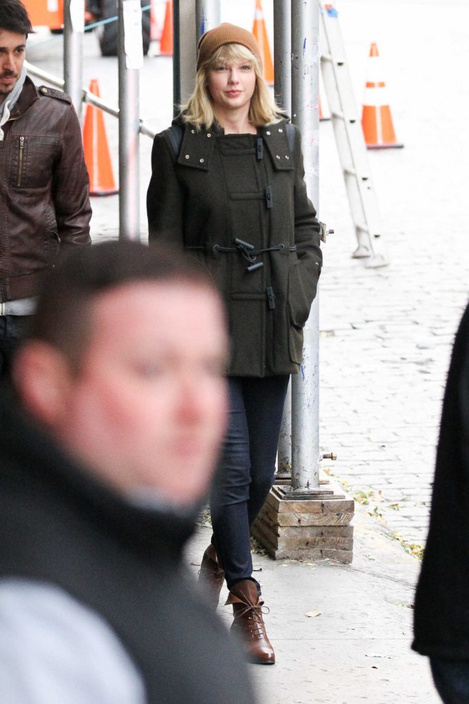 Taylor Swift Was Seen Out in Tribeca, New York-4