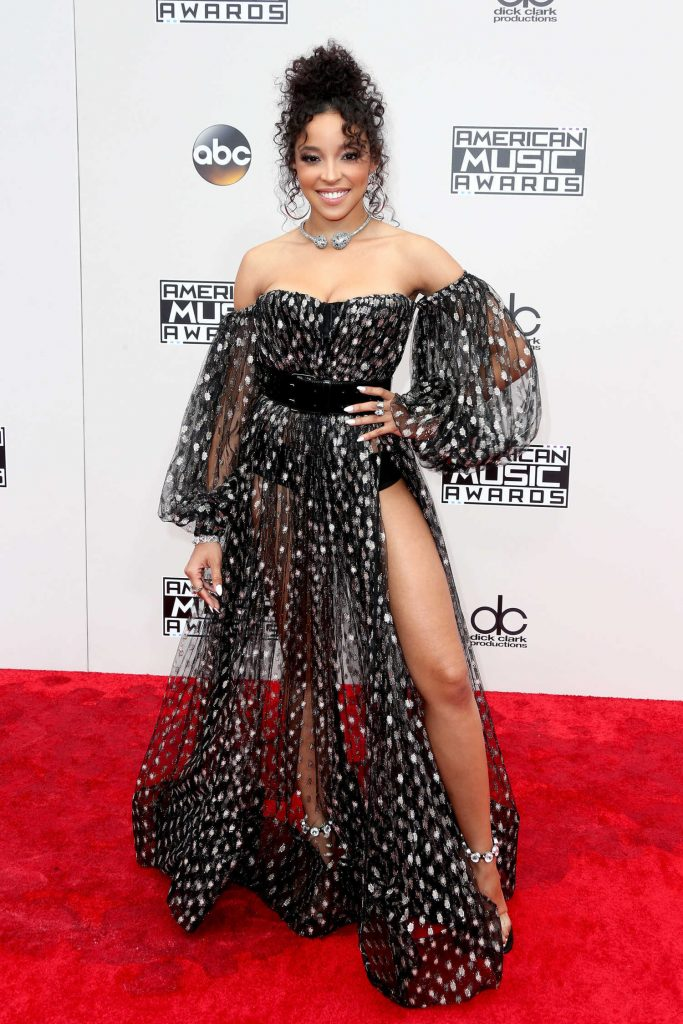 Tinashe at the 2016 American Music Awards at the Microsoft Theater in Los Angeles-1