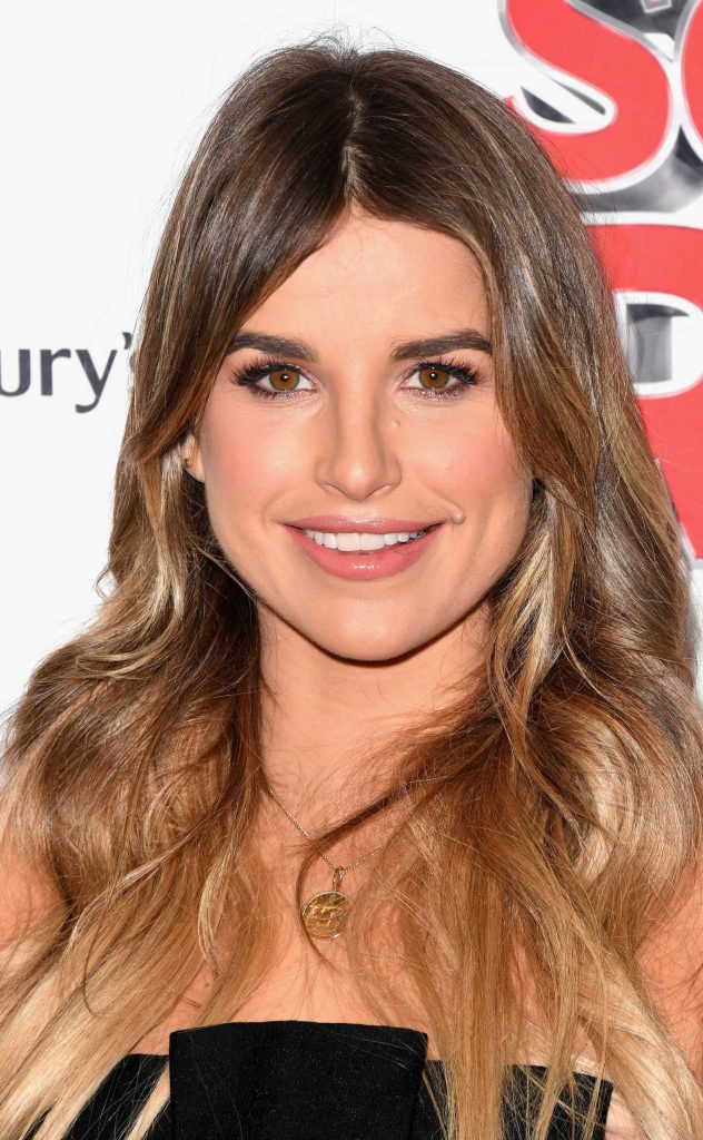 Vogue Williams at the School of Rock Musical VIP Night in London-4