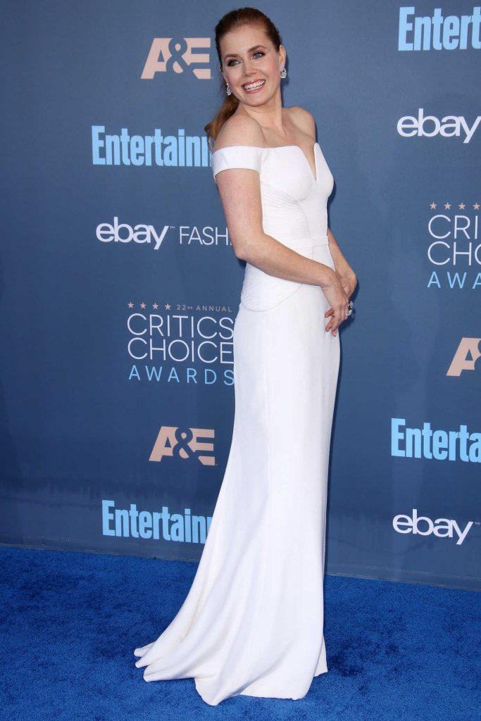 Amy Adams at the 22nd Annual Critics' Choice Awards in Santa Monica-3