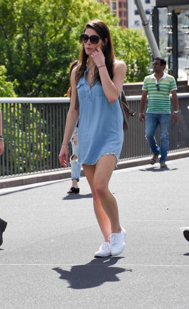 Ashley Greene Was Seen Out in Sydney-2