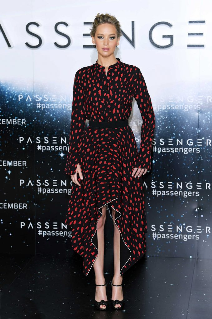 Jennifer Lawrence at the Passengers Photocall in London-1