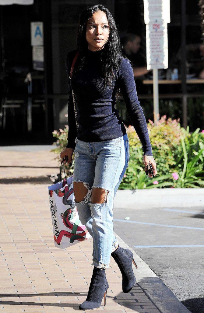 Karrueche Tran Goes Shopping in Los Angeles-1