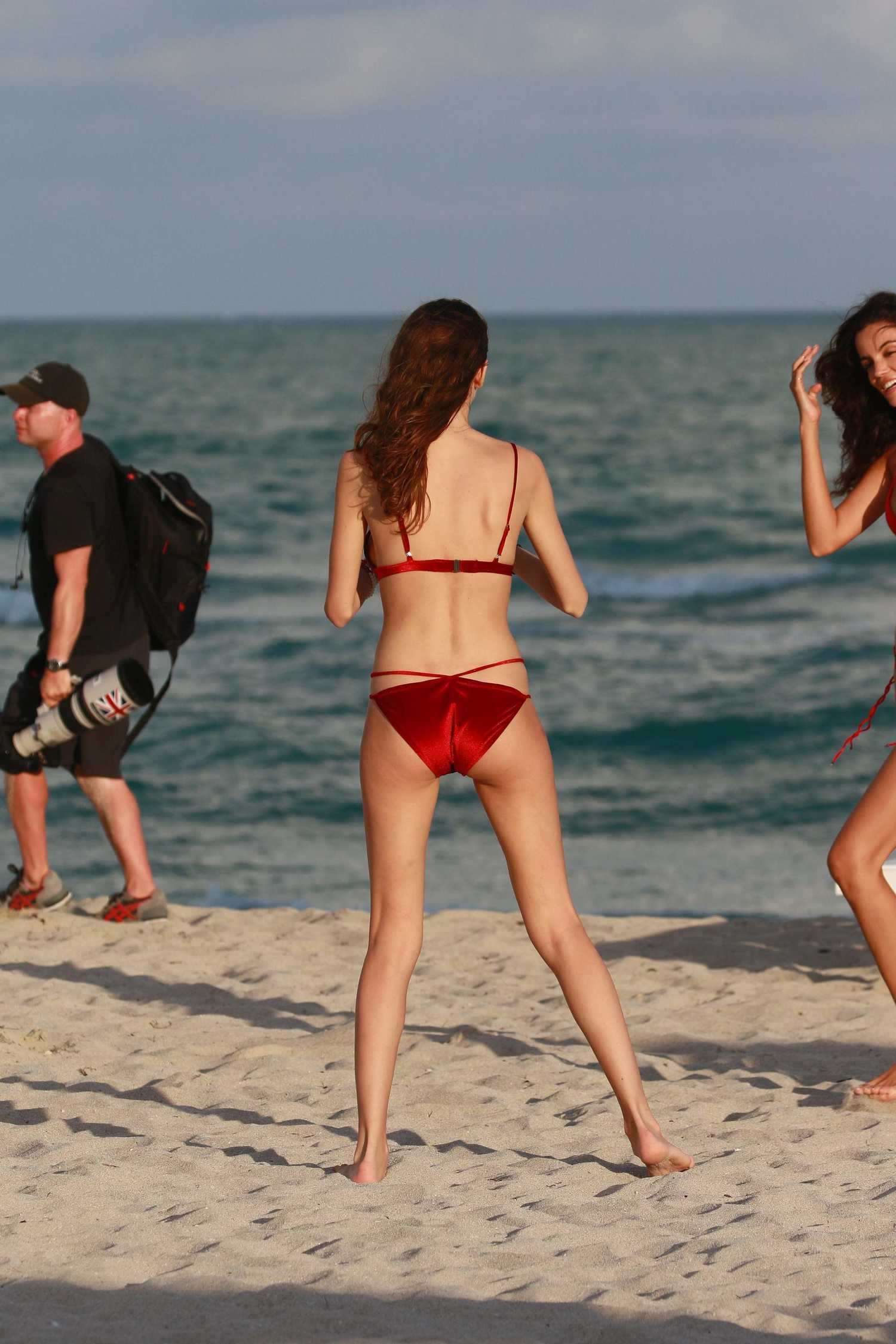 Olesya Senchenko Poses in Bikini at the Beach in Miami ...