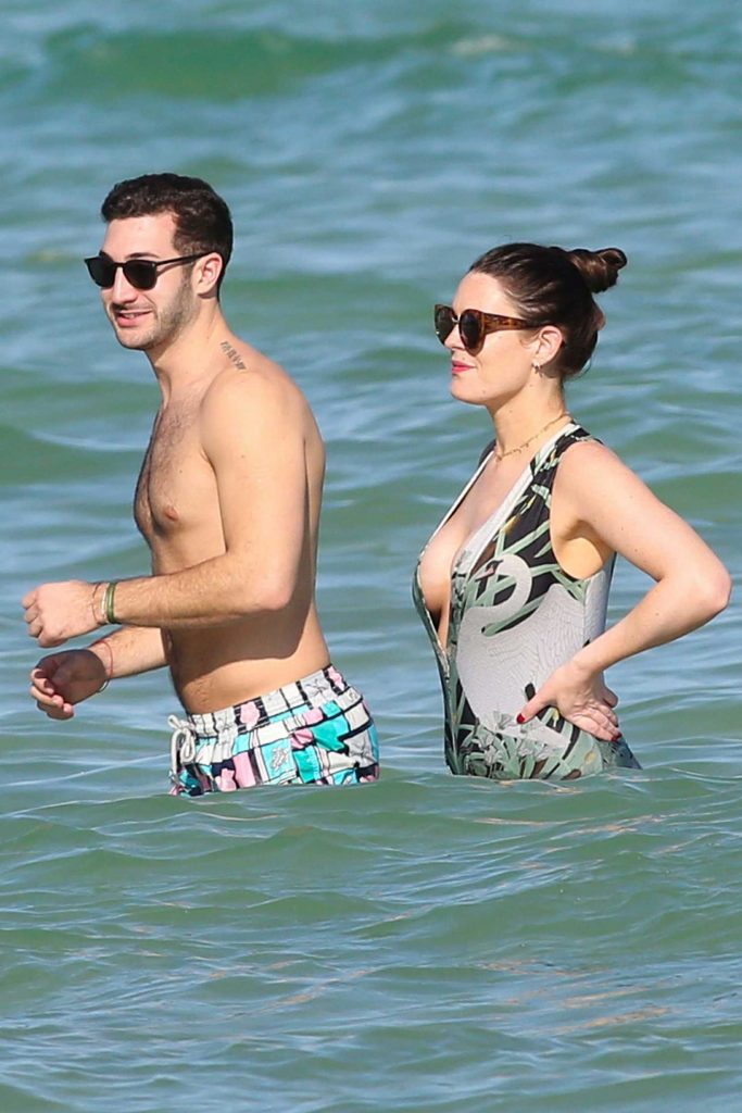 Susie Amy Wearing a Swimsuit at the Beach in Miami-4