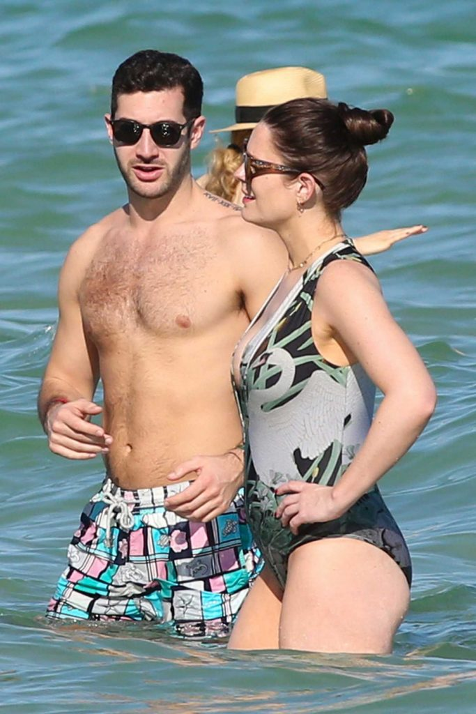 Susie Amy Wearing a Swimsuit at the Beach in Miami-5