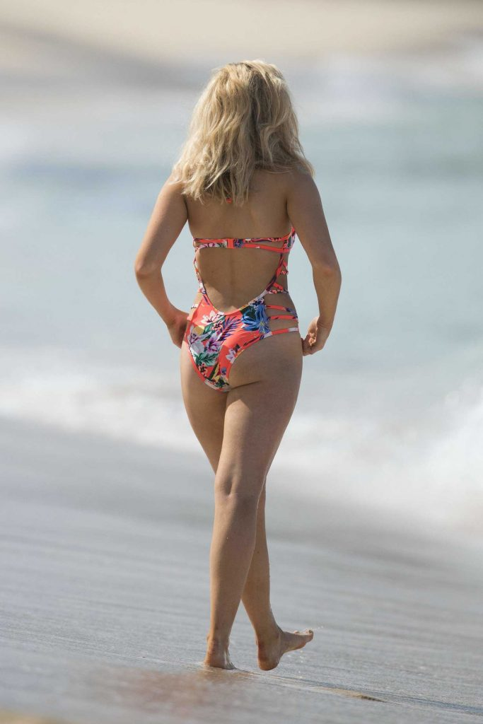 Tallia Storm Wearing a Floral Swimsuit at the Beach in Barbados-5