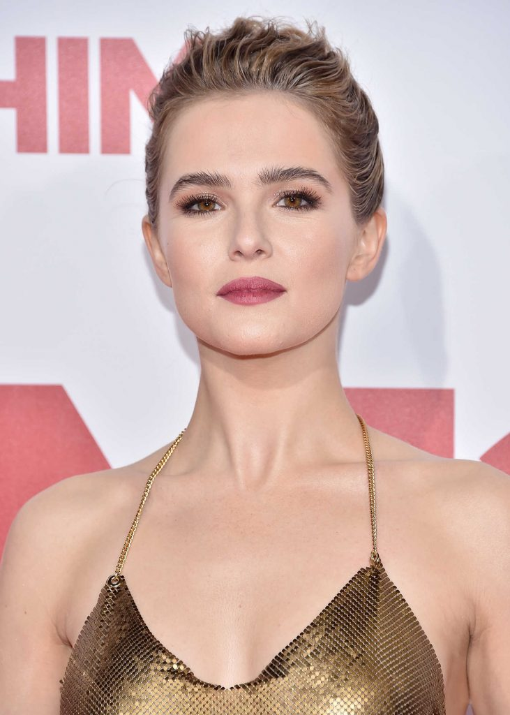 Zoey Deutch at the Why Him? Premiere at the Regency Bruin Theatre in Westwood-5