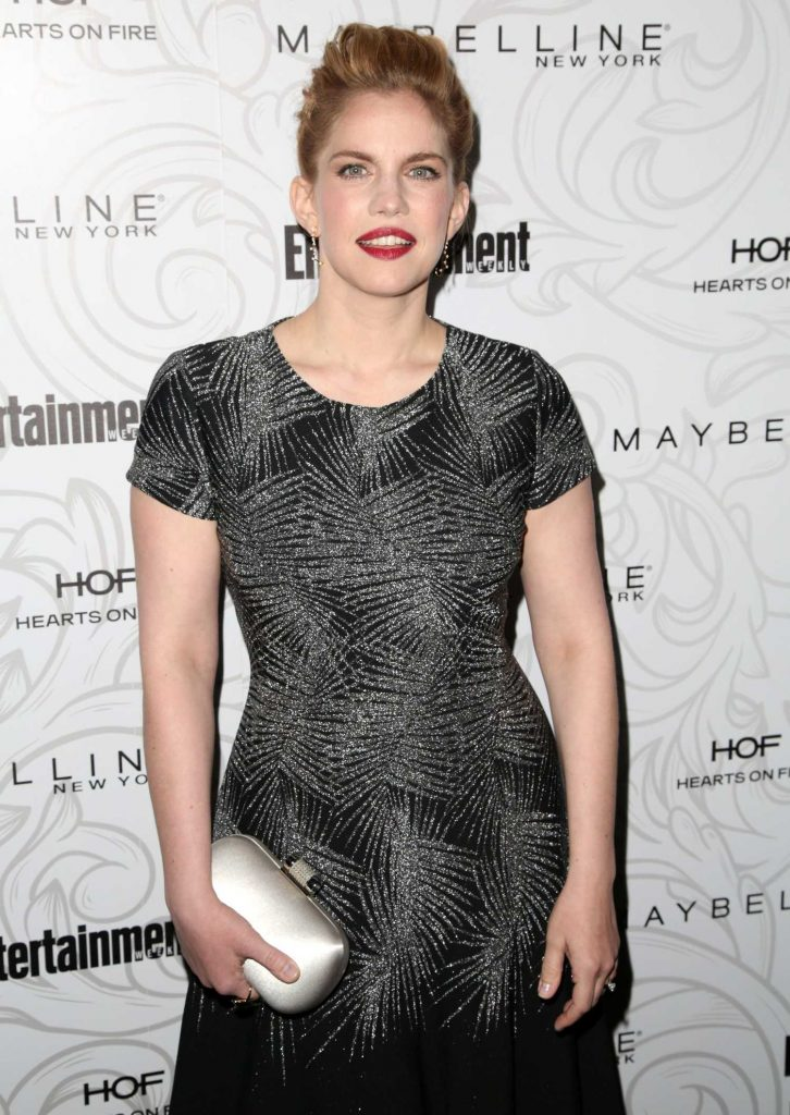 Anna Chlumsky at the 2017 Entertainment Weekly Celebration of SAG Award Nominees in Los Angeles-3