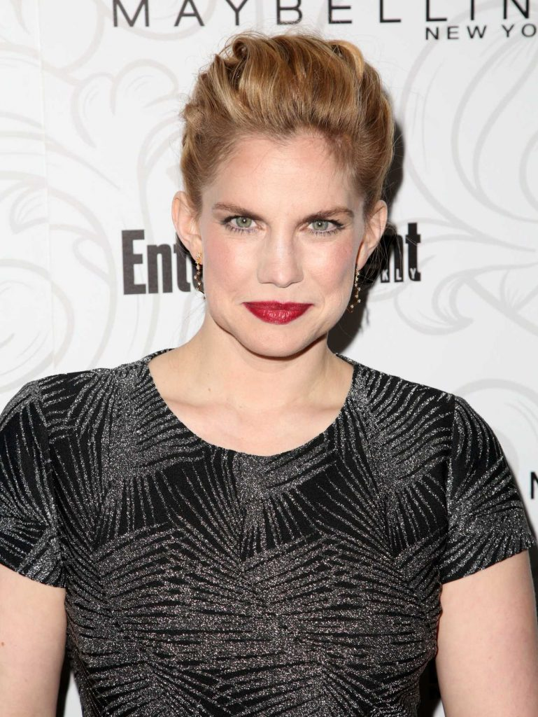 Anna Chlumsky at the 2017 Entertainment Weekly Celebration of SAG Award Nominees in Los Angeles-4