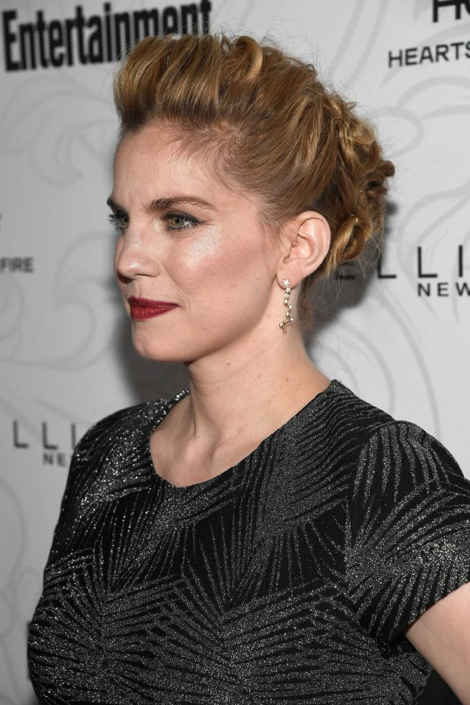 Anna Chlumsky at the 2017 Entertainment Weekly Celebration of SAG Award Nominees in Los Angeles-5