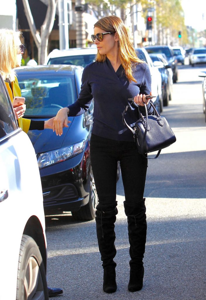 Ashley Greene Was Seen Out in Los Angeles-1