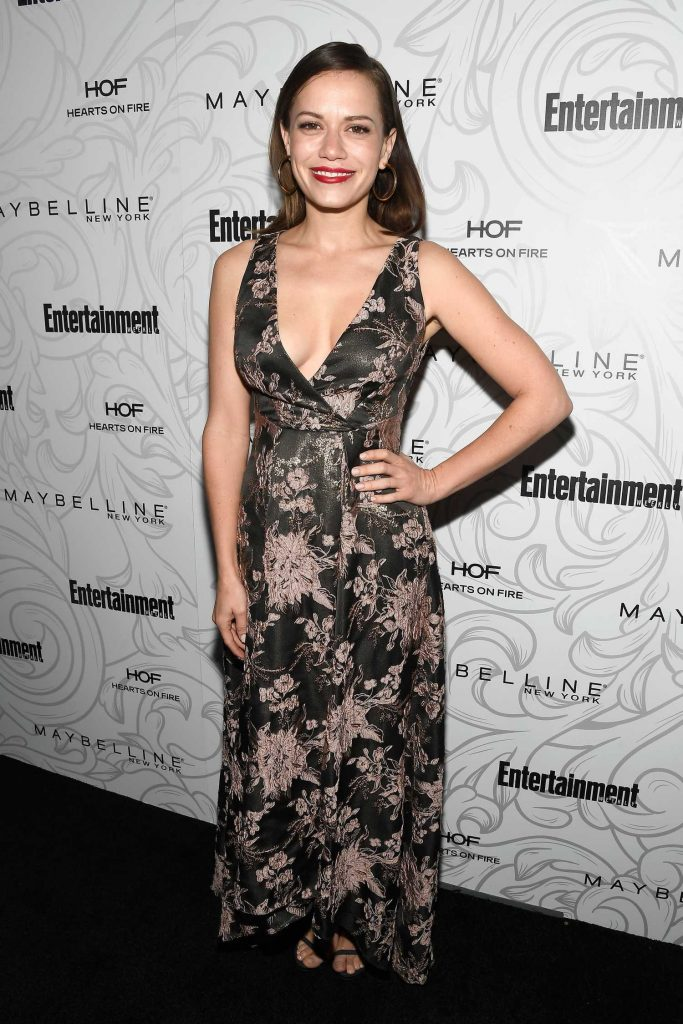 Bethany Joy Lenz at the 2017 Entertainment Weekly Celebration of SAG Award Nominees in Los Angeles-2