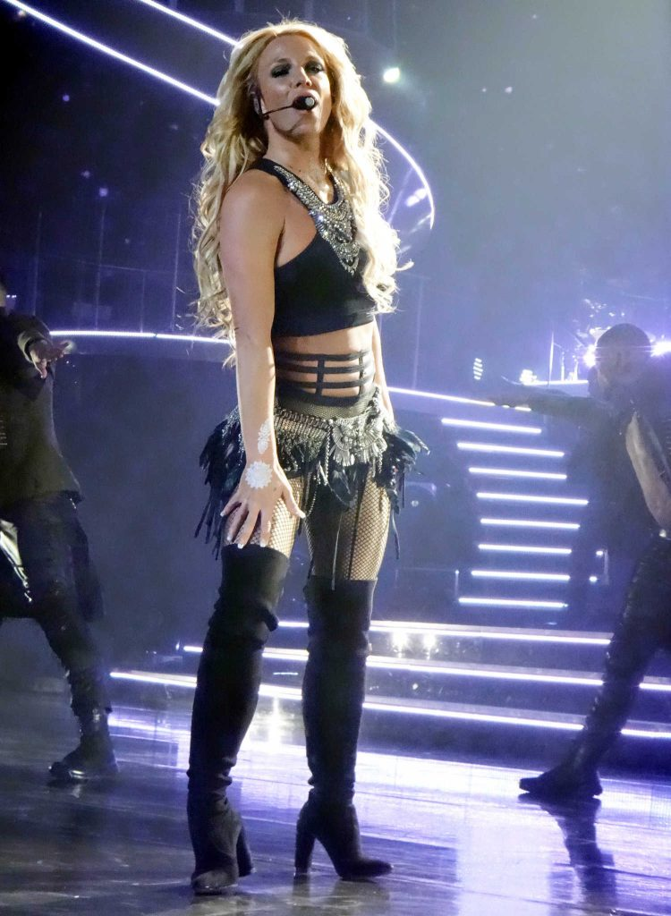 Britney Spears Performs in Las Vegas-1
