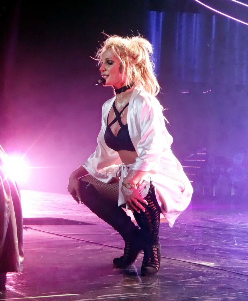 Britney Spears Performs in Las Vegas-4