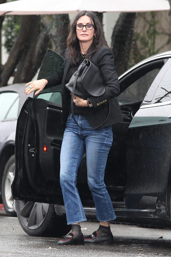 Courteney Cox Was Seen Out in West Hollywood-1