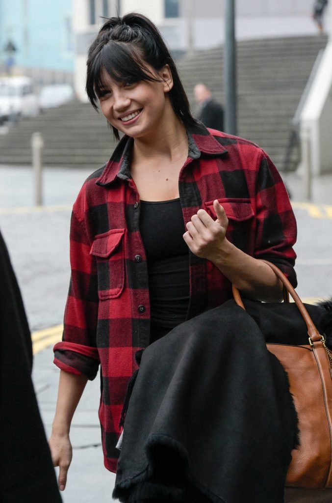 Daisy Lowe Leaves Her Hotel in Brimingham-1