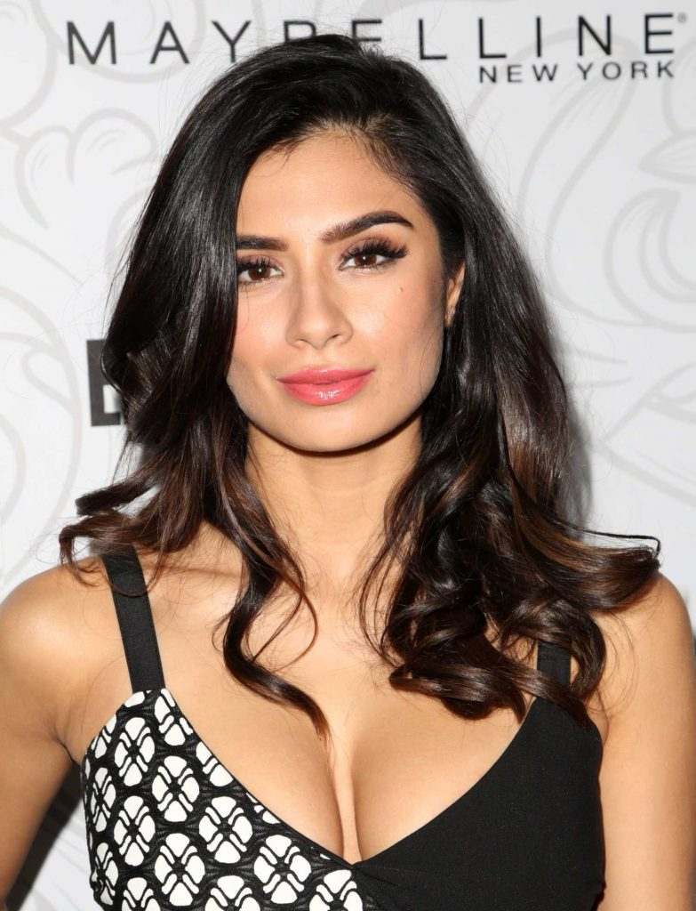Diane Guerrero at the 2017 Entertainment Weekly Celebration of SAG Award Nominees in Los Angeles-4