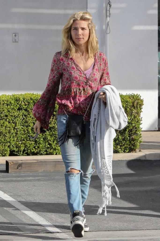 Elsa Pataky Goes Shopping in Malibu-1