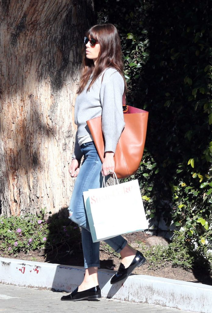 Jessica Biel Was Seen Out in Studio City-1