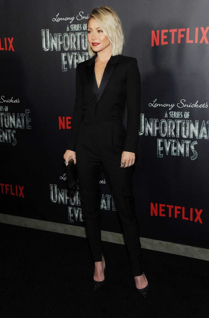 Kelly Ripa at the Lemony Snicket's A Series of Unfortunate Events Premiere in New York-4