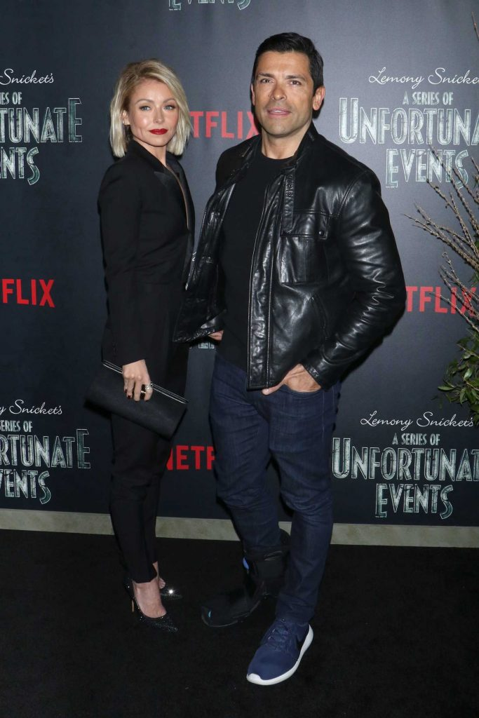 Kelly Ripa at the Lemony Snicket's A Series of Unfortunate Events Premiere in New York-5