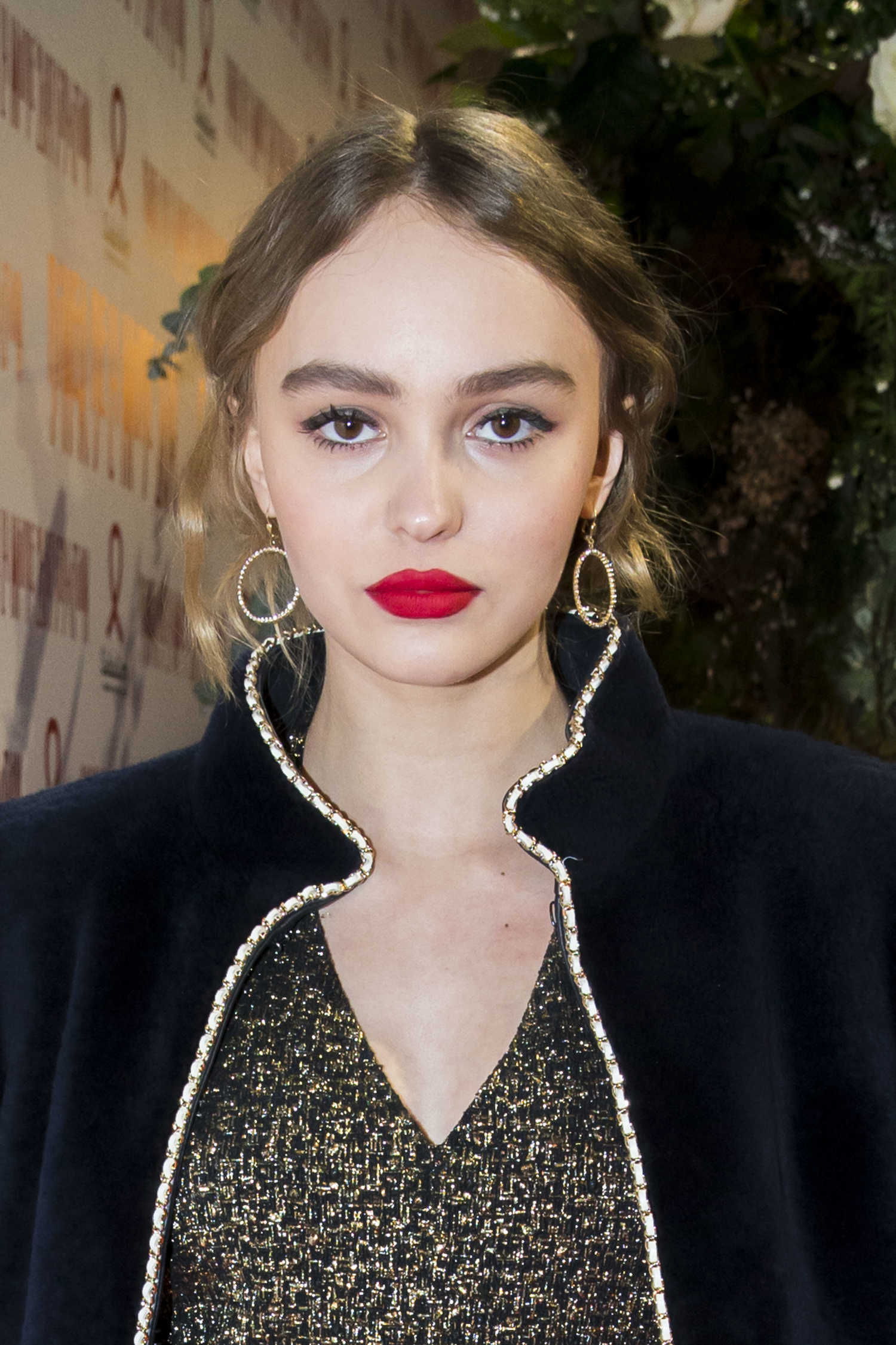 lily rose depp at the sidaction gala dinner in paris celeb donut. Black Bedroom Furniture Sets. Home Design Ideas