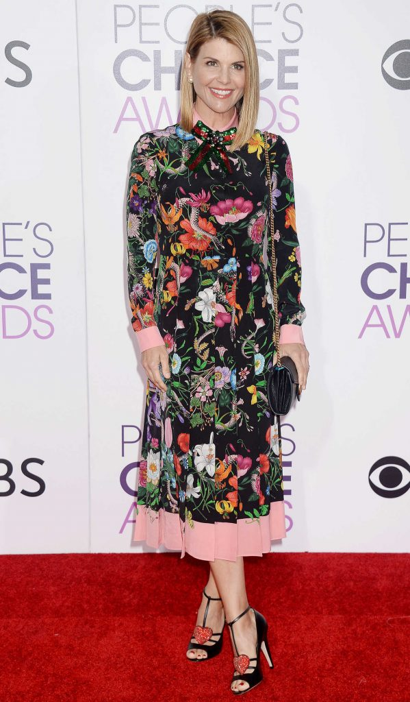 Lori Loughlin at the 43rd Annual People's Choice Awards in Los Angeles-4