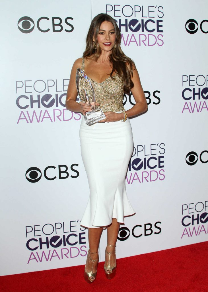 Sofia Vergara at the 43rd Annual People's Choice Awards in Los Angeles-2