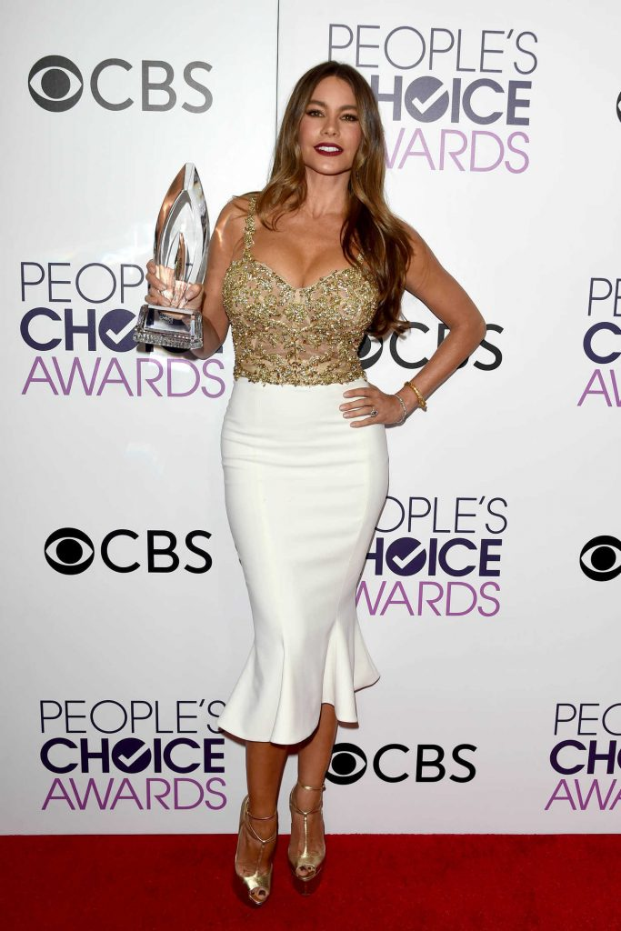Sofia Vergara at the 43rd Annual People's Choice Awards in Los Angeles-3