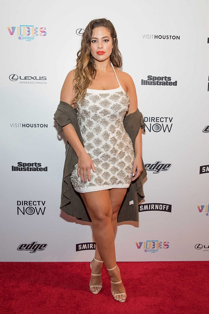 Ashley Graham at the 2017 Sports Illustrated Swimsuit Vibes Festival in Houston-1