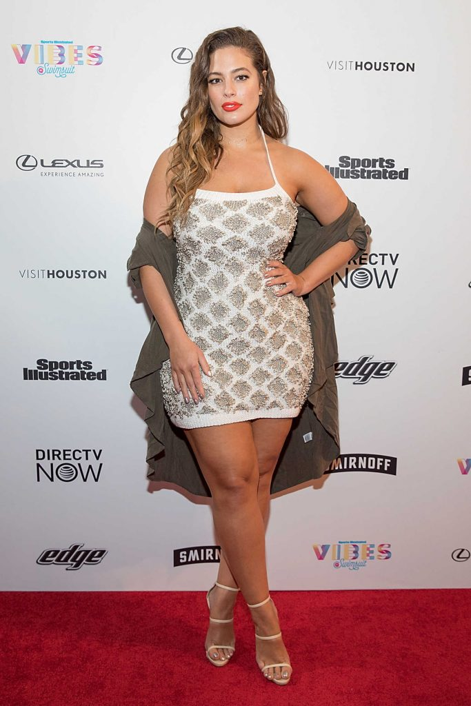 Ashley Graham at the 2017 Sports Illustrated Swimsuit Vibes Festival in Houston-2