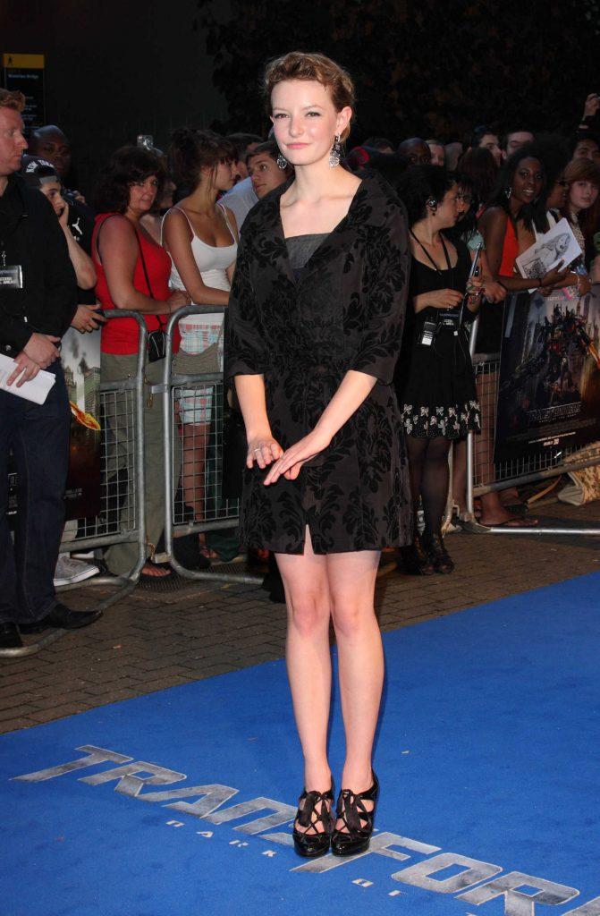 Dakota Blue Richards at the Transformers Dark of The Moon UK Premiere in London-2