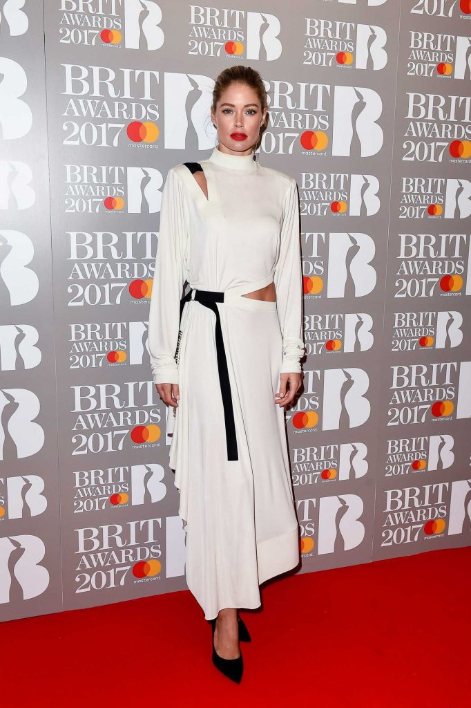 Doutzen Kroes at the Brit Awards at O2 Arena in London-1