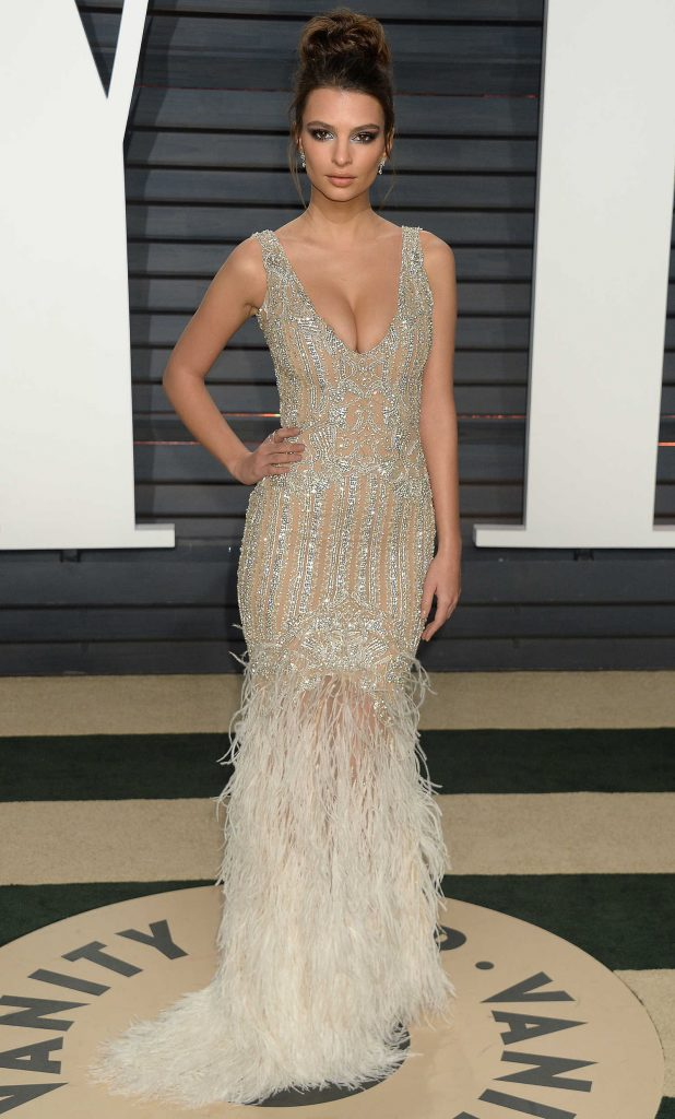 Emily Ratajkowski at the 2017 Vanity Fair Oscar Party in Beverly Hills-3