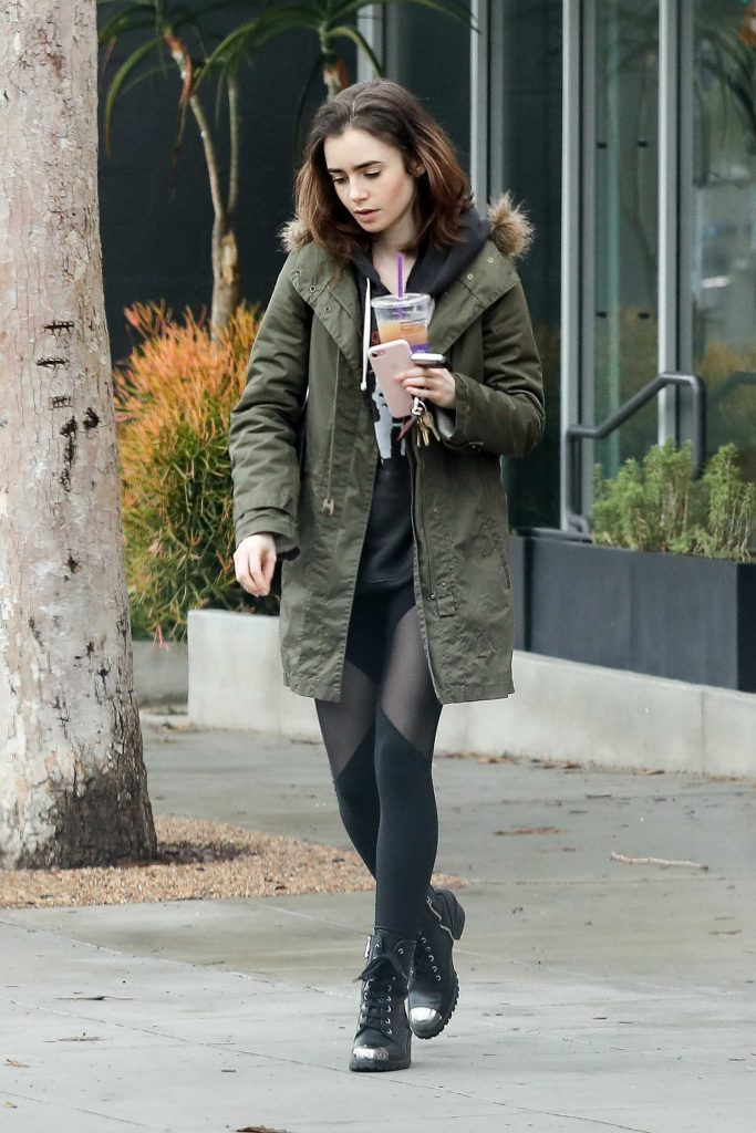Lily Collins Was Spotted Out in Los Angeles-1